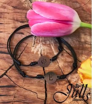 2бр. Black Letter Amulets