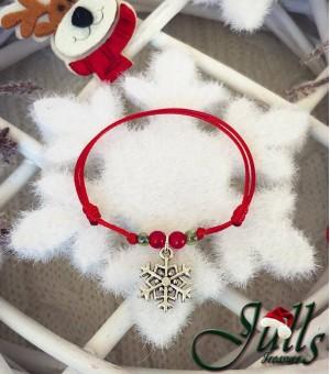 Коледен амулет със сребърна снежинка
