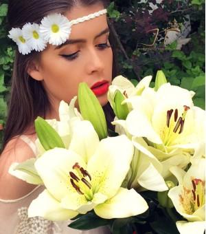 Аксесоар за коса от изкуствени цветя Sharon