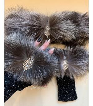 Комплект ръкавици с кристалчета и лента за коса от естествен косъм сребърна лисица