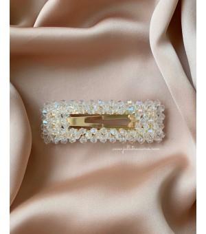 Правоъгълна шнола с прозрачни кристалчета