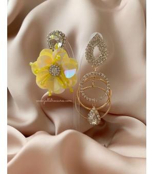 Кристални обици с жълто цвете